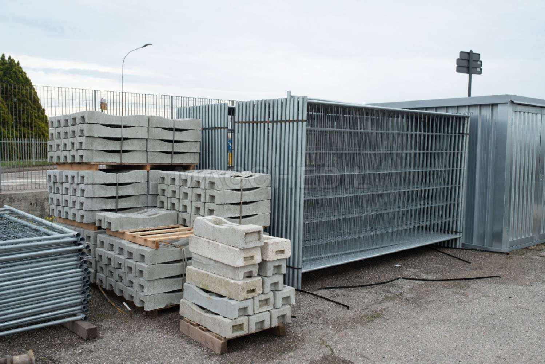 Rete In Plastica Per Cantiere.Recinzione Per Cantiere Reti Metalliche Provvisorie Macchedil