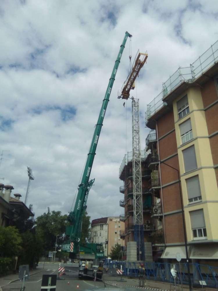 Montaggio Gru a Mantova 31/05/2016 | Macchedil Online Store
