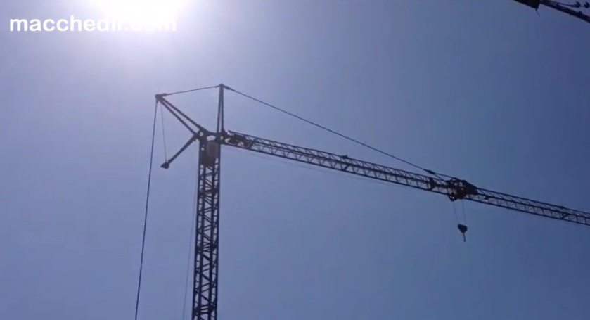 Montaggio Gru edile Benedini B8-24 | Macchedil Online Store